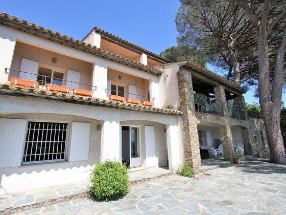 Vente propriété 12 pièces 420 m2