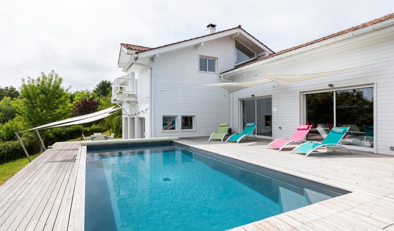Maison avec piscine et terrasse Mouguerre