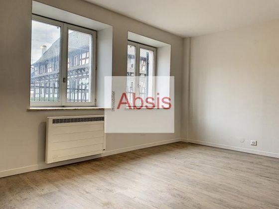 Location appartement 5 pièces 102 m2