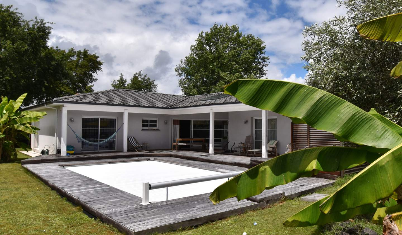 House with pool Saint-Jean-d'Illac