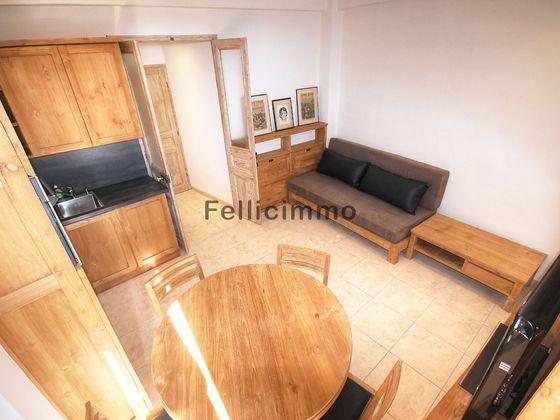 Location studio meublé 22,35 m2