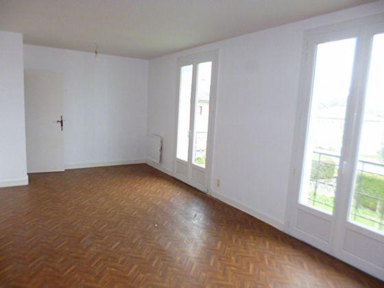 Location maison 5 pièces 105 m2