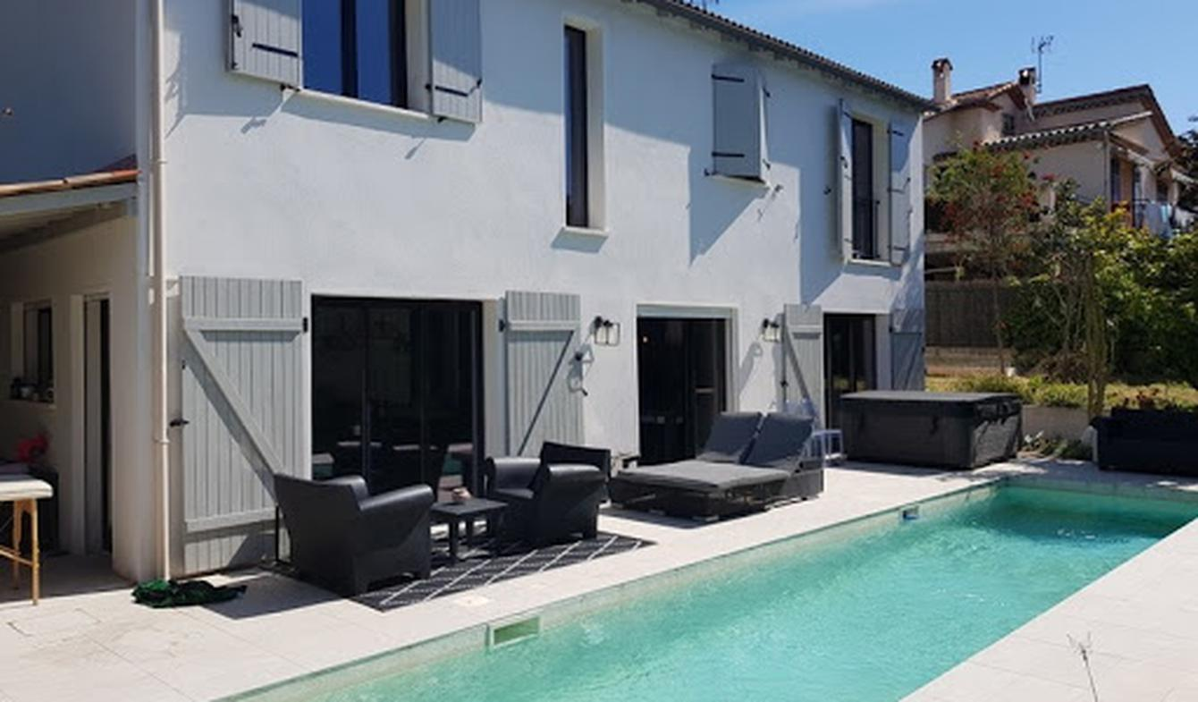 House with pool and terrace Juan les pins