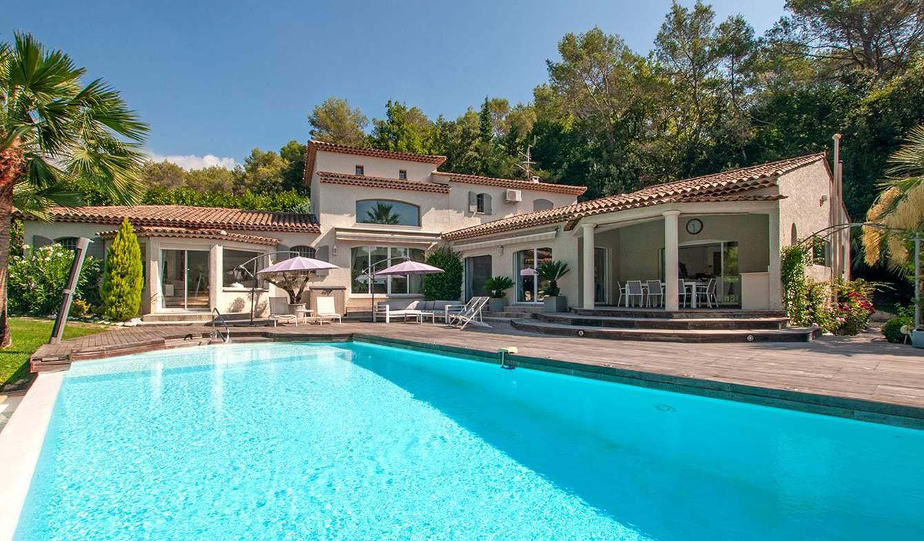 Villa with pool Roquefort-les-Pins