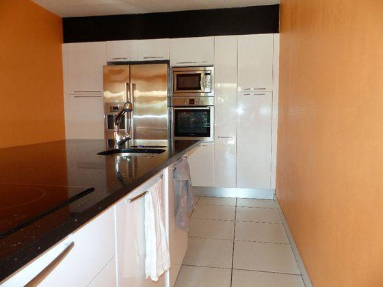 Vente maison 6 pièces 281 m2
