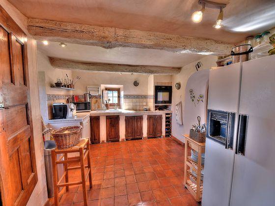 Vente villa 9 pièces 188 m2