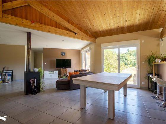 Vente maison 5 pièces 206 m2