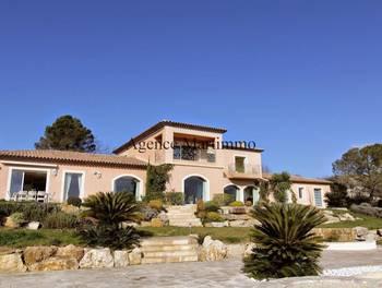 Villa 10 pièces 780 m2