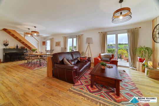maison de luxe cherbourg octeville vendre achat et. Black Bedroom Furniture Sets. Home Design Ideas