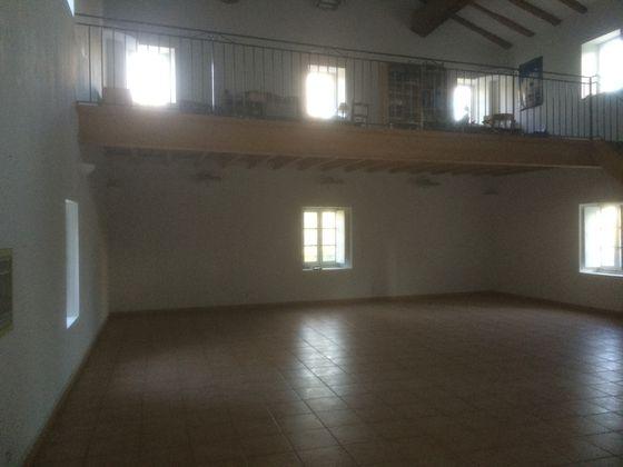 Vente maison 27 pièces 970 m2