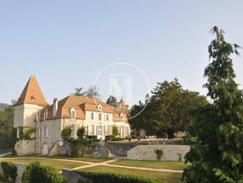 Château 13 pièces 427 m2