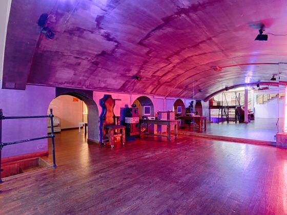 Vente loft 10 pièces 240 m2