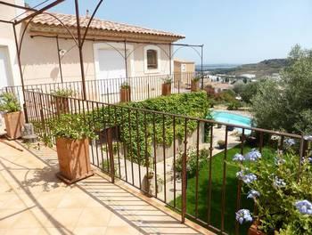 Villa 9 pièces 244 m2