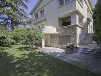 Maison 10 pièces 340 m2