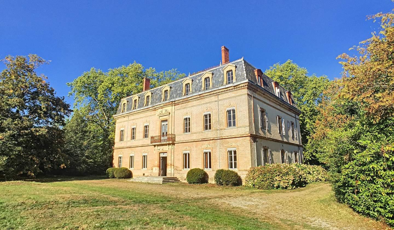 Castle Saint-Elix-le-Château