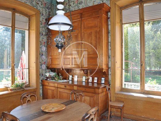 Vente propriété 11 pièces 390 m2