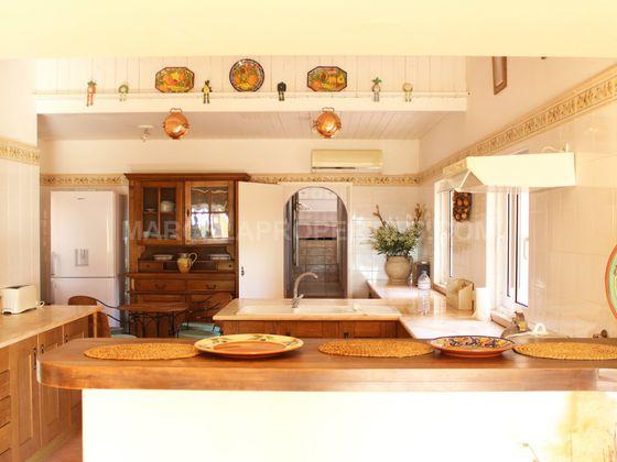 Vente maison 11 pièces 915 m2