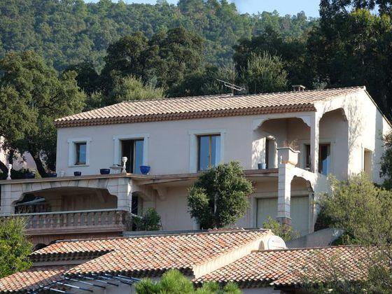 Vente maison 7 pièces 243,38 m2