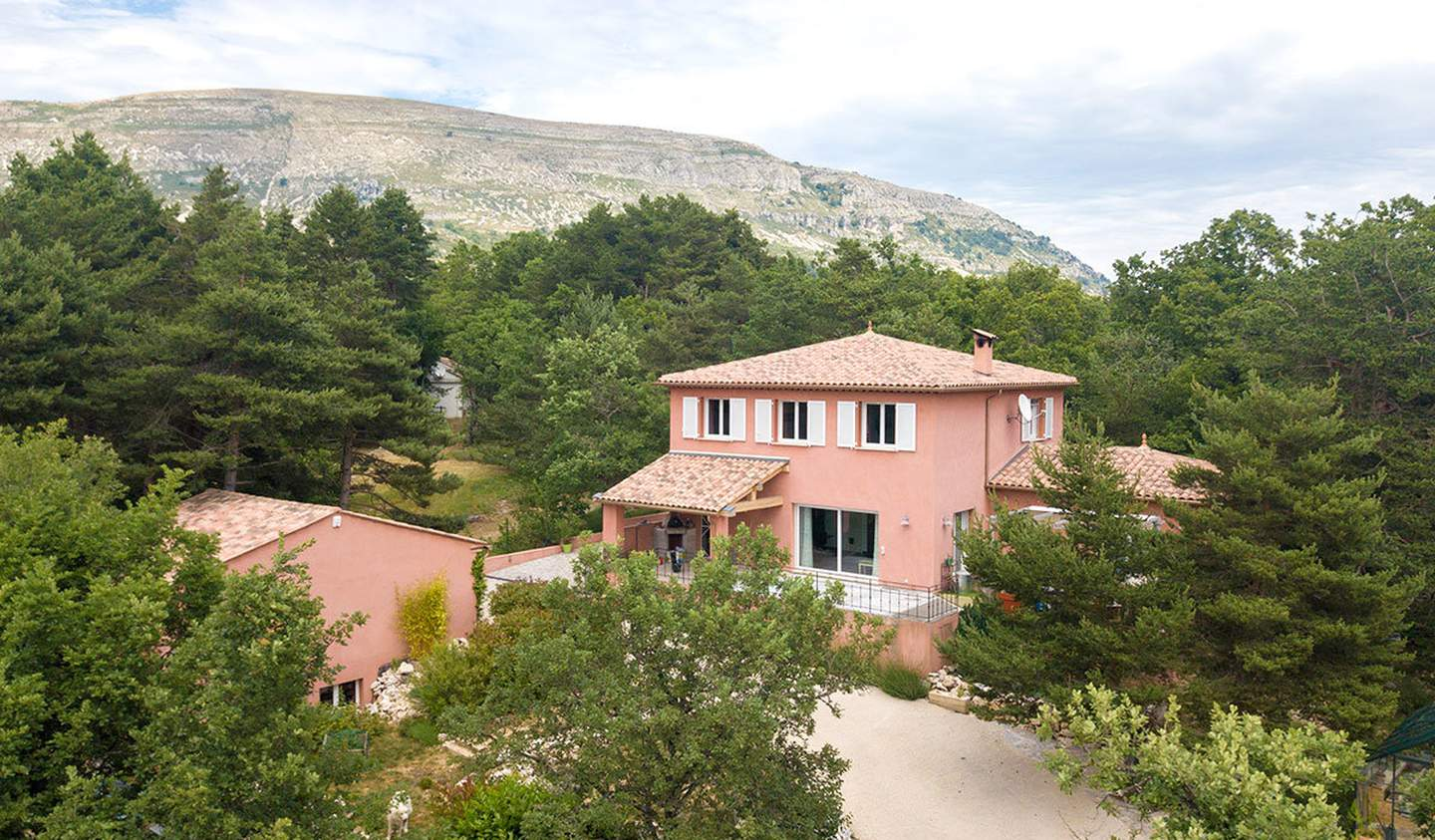 Villa with garden and terrace Caussols