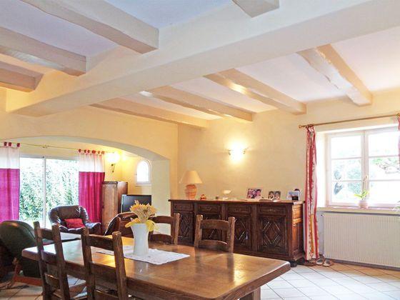 Vente villa 4 pièces 223 m2