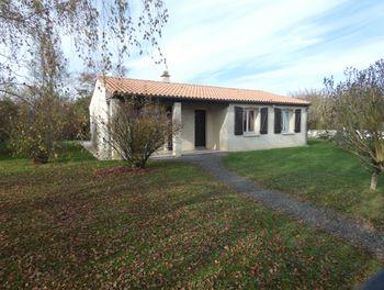 maison à Epannes (79)