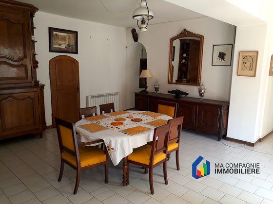 Vente maison 18 pièces 457 m2