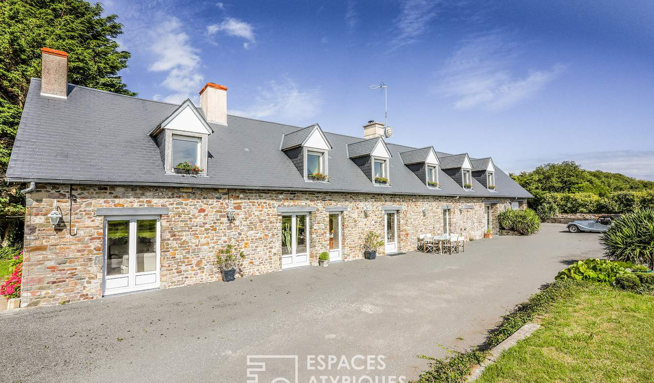 House with pool and terrace Saint-Germain-sur-Ay