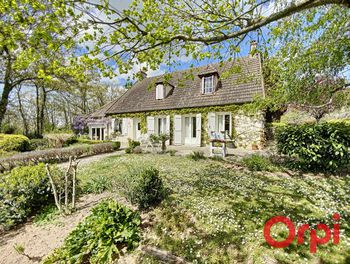 maison à Saint-Bonnet-Tronçais (03)