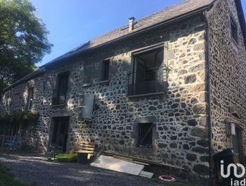 maison à Saint-Nectaire (63)
