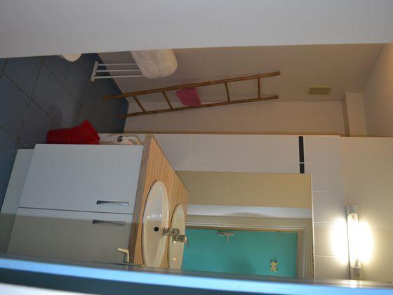 Location studio meublé 25,95 m2