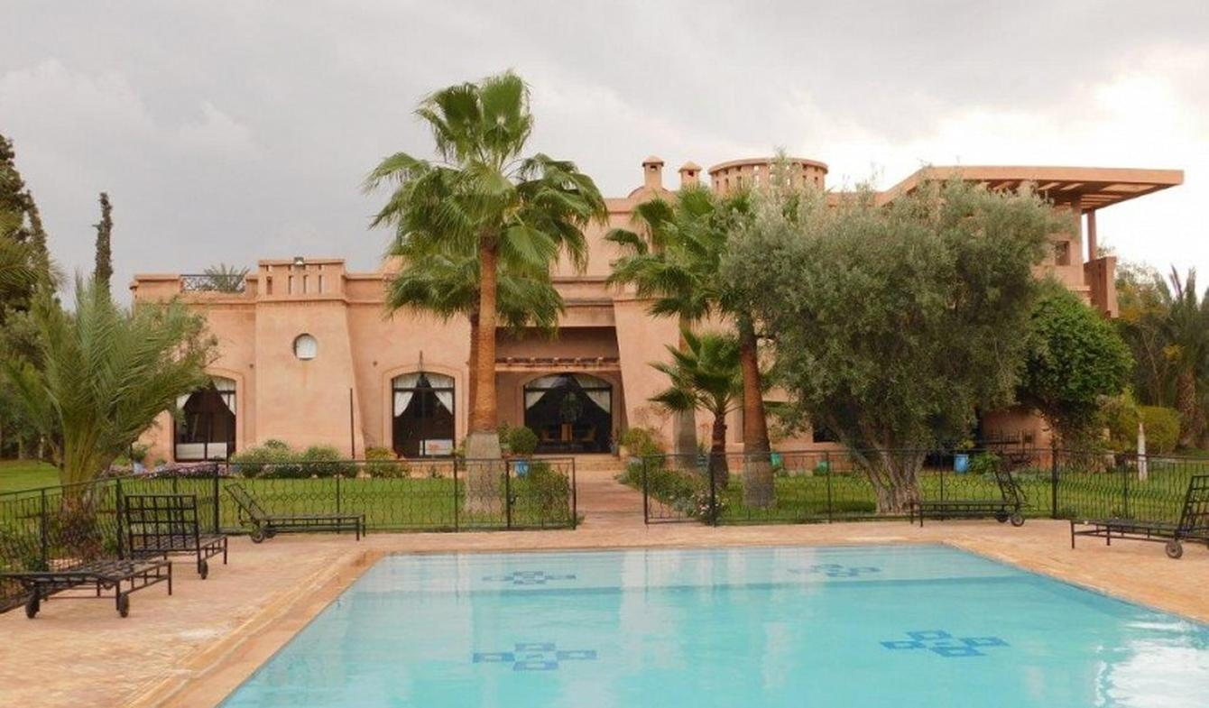 Property with pool and garden Marrakesh