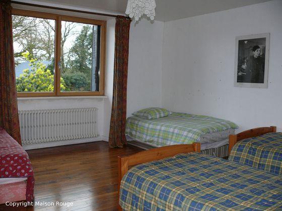 Vente maison 10 pièces 16000 m2