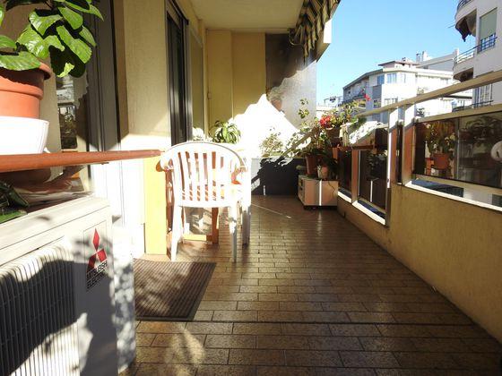 vente Appartement 2 pièces 62 m2 Nice