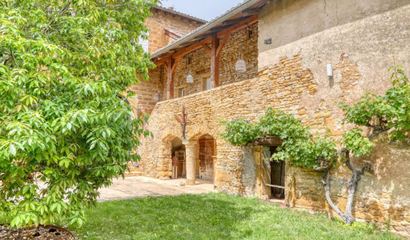 Property with pool Villefranche-sur-saone