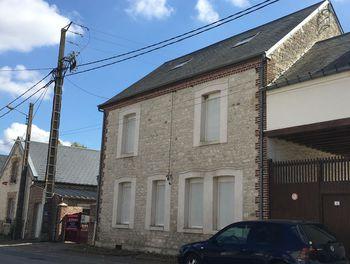 maison à Monceau-le-Waast (02)