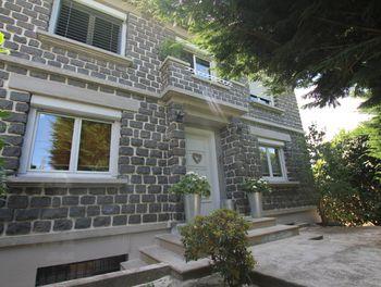 maison à Saint-Flour (15)