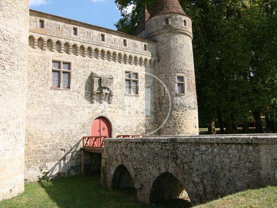 Vente château 35 pièces 1400 m2