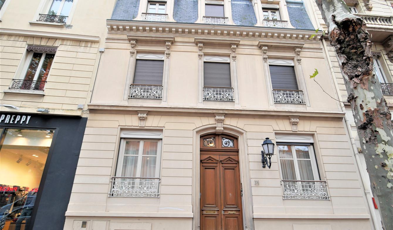 Hôtel particulier avec jardin Lyon 8ème