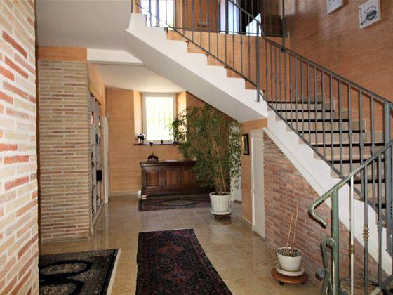 Vente maison 28 pièces 969 m2