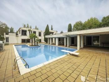 Maison 12 pièces 600 m2