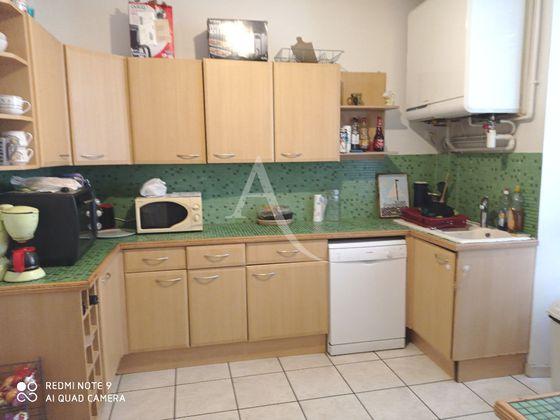 Location maison 5 pièces 187 m2