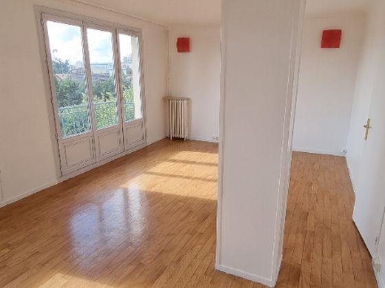 Location appartement 4 pièces 63,19 m2