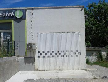 locaux professionels à Saint auban (04)