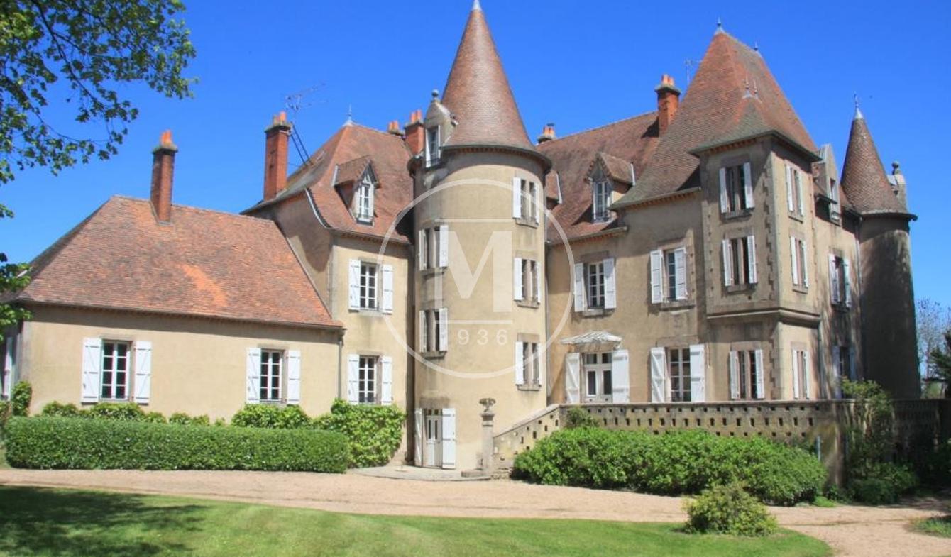 Castle Montaigut en combraille