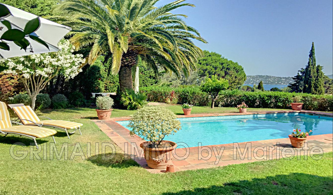 Villa with pool and terrace Grimaud