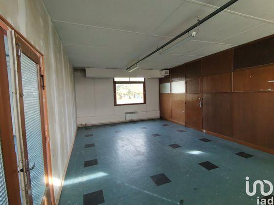 Vente divers 12 pièces 750 m2