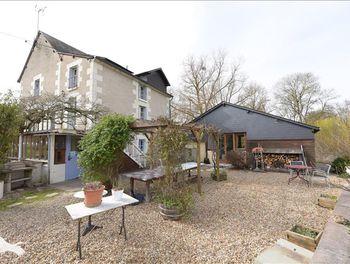 maison à Saint-Jean-Saint-Germain (37)