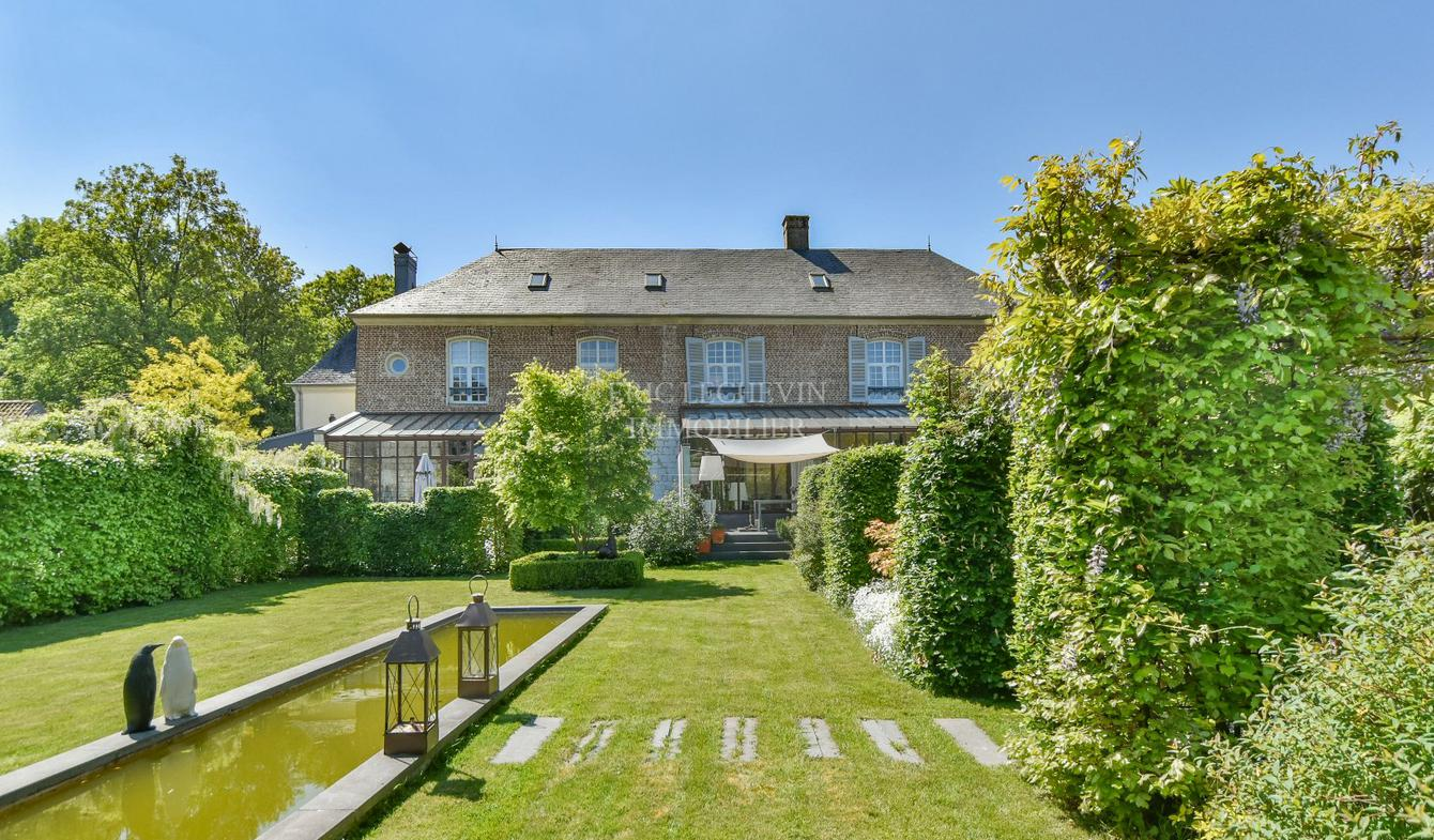 Property with pool Montreuil
