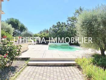 Villa 6 pièces 131 m2