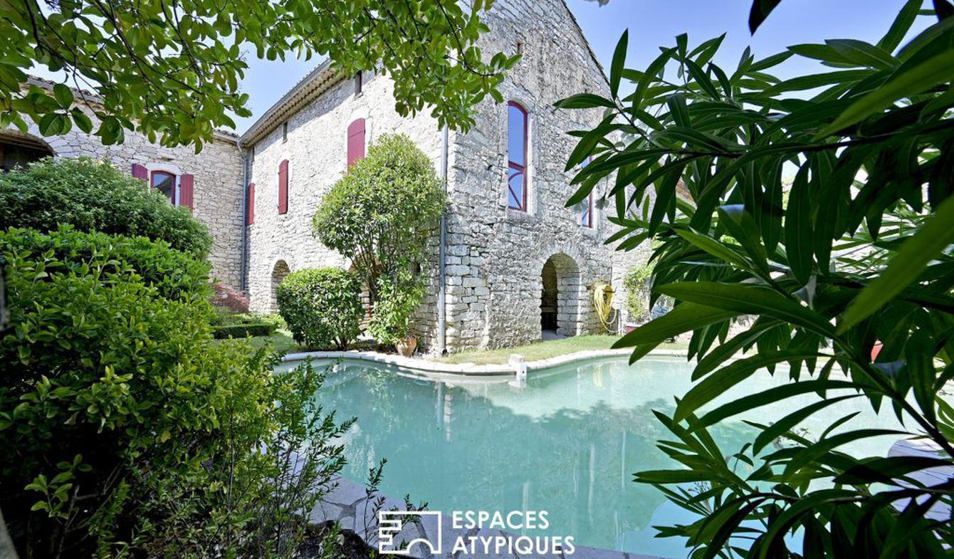 Maison avec piscine et terrasse Sauve